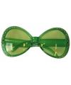 Groene zonnebril met diamantjes